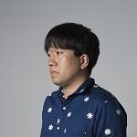 青山裕企-hp.jpg