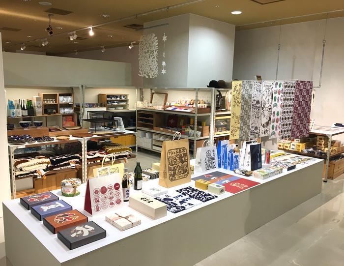 lld2_museum shop.jpg